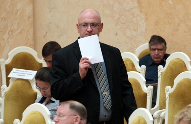 Резник просит наказать чиновника за выпад против сторонников Навального