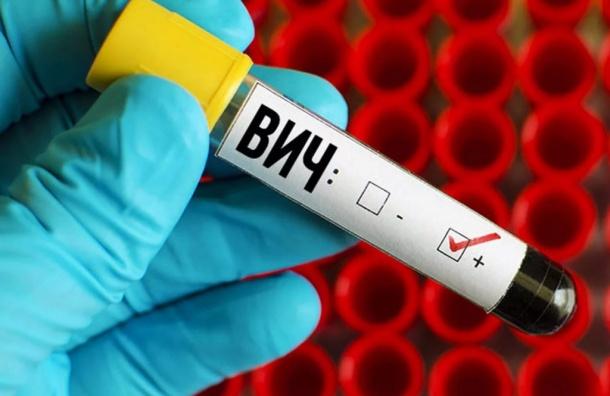 Власти Петербурга не нашли нарушений в ходе проверки гибели девочки с ВИЧ