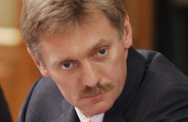 Песков перенаправил спецслужбам вопрос о волне «минирований» в стране