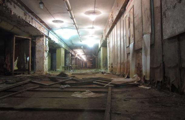 Петербург посадят в бомбоубежище