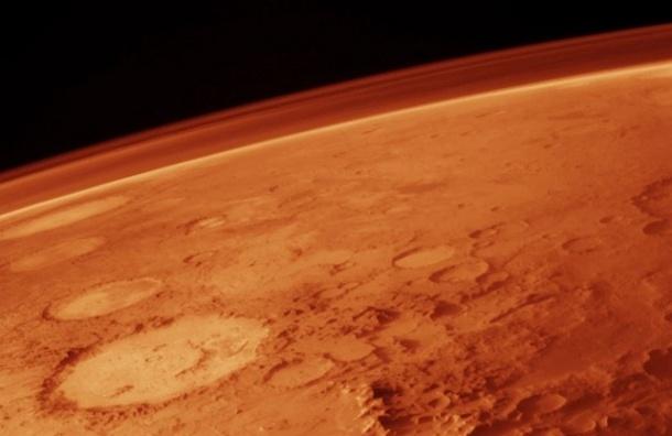 Ученые предрекают столкновение Земли и Марса