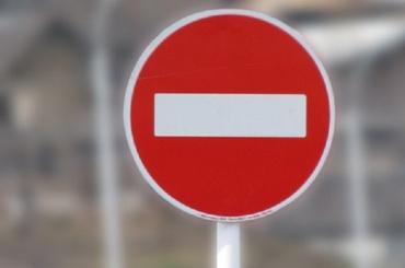 Движение транспорта на Малоохтинском мосту ограничат