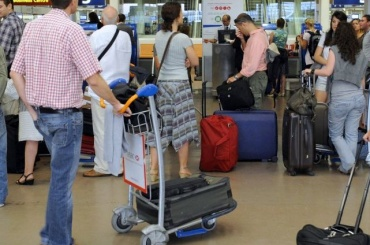 «ВИМ-Авиа» массово задерживает рейсы