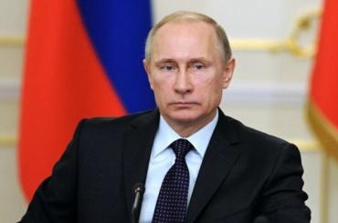 Путин поручил приравнять МРОТ к прожиточному минимуму