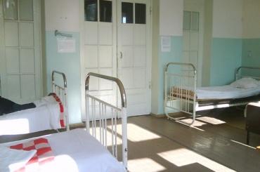 Пациент психбольницы покинул покои через окно ради супруги