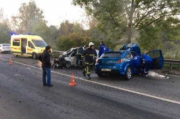 Два человека погибли в ДТП в Колпино