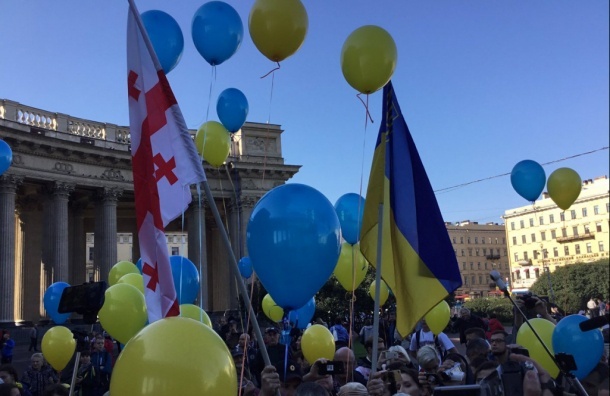 «Марш мира» собрал дополутысячи человек