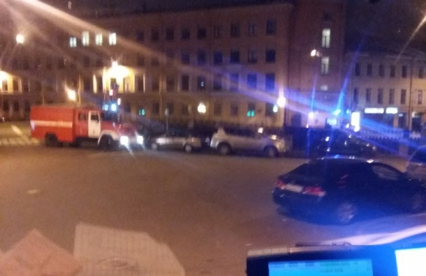 Девушка упала в канал Грибоедова