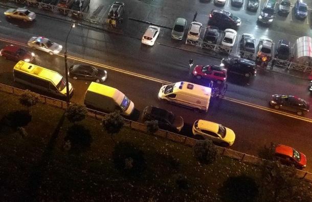 Женщину-пешехода сбили в Колпино