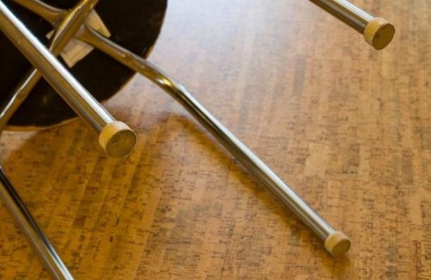 Школьник в Иркутской области бросил стул в учителя