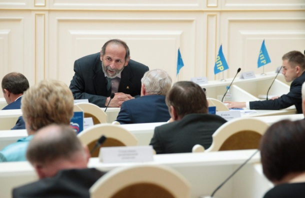 Макаров поздравил депутата Вишневского сднем рождения