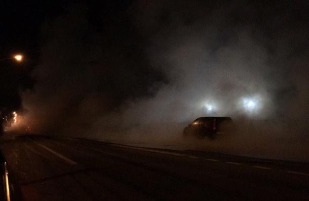 Трубу с кипятком прорвало на улице Маршала Новикова