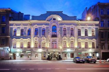 Градозащитники: «Гельвеция» располагается вособняке Петрова незаконно