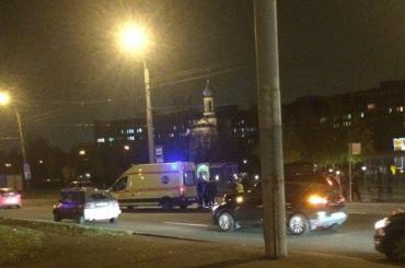 Девушку-пешехода сбил автомобиль на проспекте Культуры