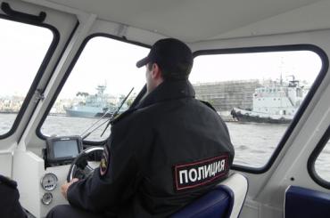 Полицейские поймали на Неве рыболовов-нарушителей