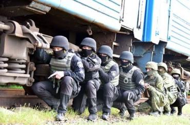 Орду пьяных вахтовиков в поезде в Забайкалье усмиряли с помощью спецназа