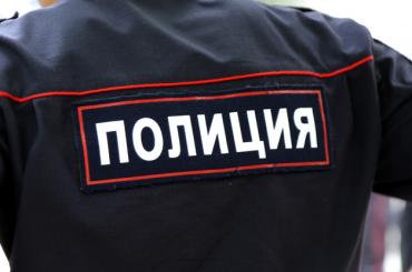 Мужчина разбился при падении с пожарной лестницы на Петроградке