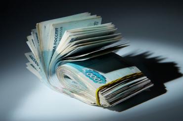 Пристав получил срок8 лет завзятку в180 тысяч рублей