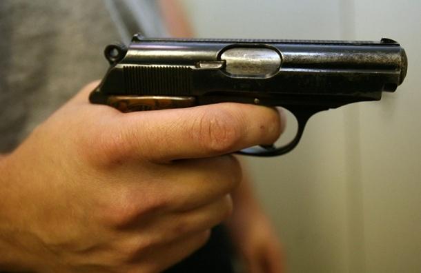 Утром несдержанный мужчина выстрелил всвоего обидчика наНевском проспекте