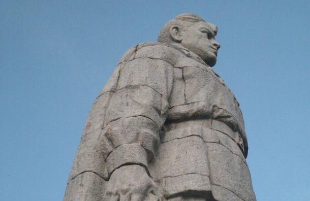 Памятник «Алеша» вБолгарии осквернили вандалы