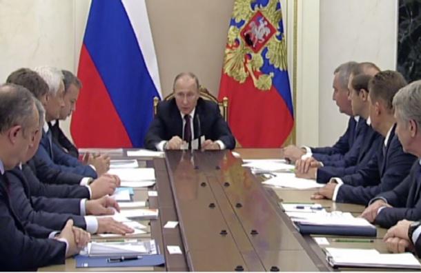 Россияне нашли опору Путина всиловиках