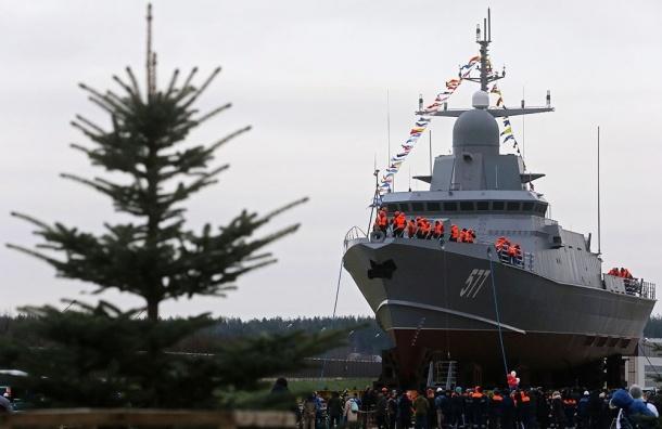 Малый ракетный корабль «Тайфун» спустили наводу вПетербурге