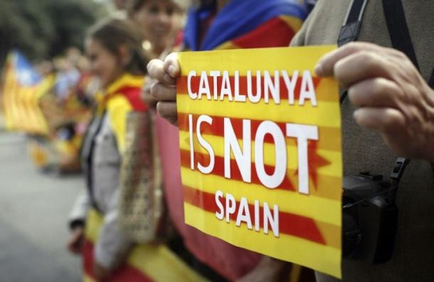 Мадрид обвинил Россию враспространении фейковых новостей оКаталонии