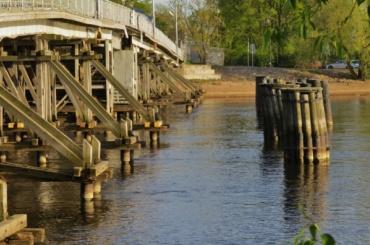 Второй Елагин мост закрывают довесны