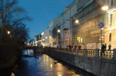 Главный синоптик Петербурга поздравил спервым ледком
