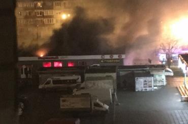 Пожар вНевском районе тушили 15 человек