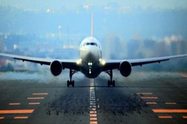 Мужчина «заминировал» самолет, чтобы успеть нарейс
