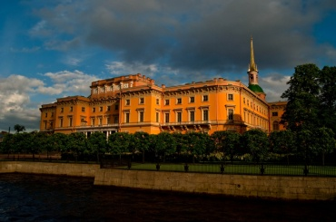 Более 4000 горожан бесплатно посетило Михайловский замок