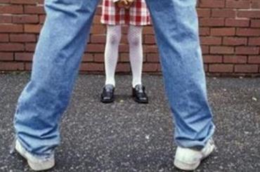 Петербуржца подозревают всоблазнении малолетней
