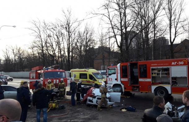Двое человек погибли вДТП вПриморском районе