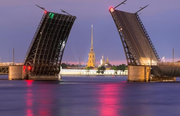 Навигация порекам иканалам Петербурга закрывается