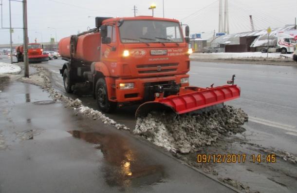 Занеделю вПетербурге вывезли 60 тысяч кубометров снега