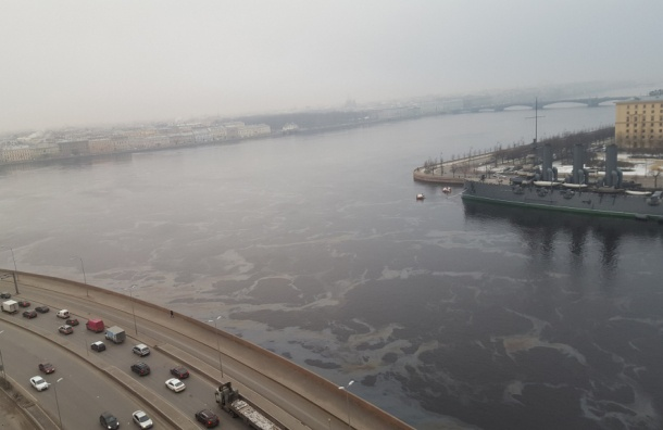Нефтеразлив ликвидируют вПетербурге
