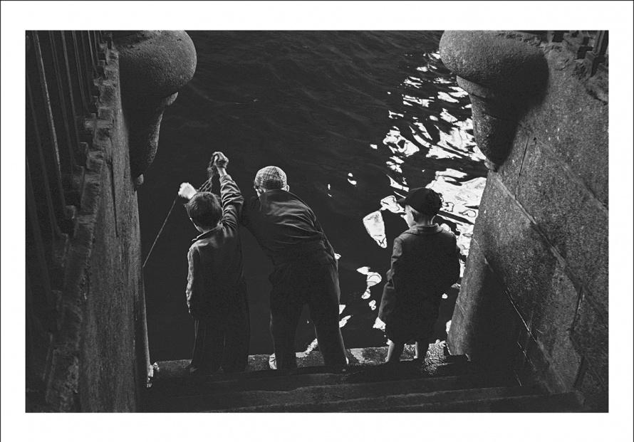 26_1958_BoysFishers