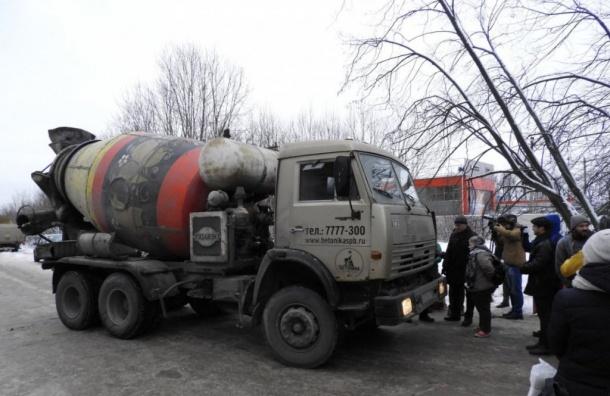 Активисты увидели три строительных крана натерритории Пулковской обсерватории
