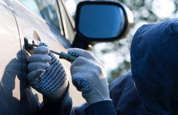 Петербургские депутаты планируют ужесточить наказание заугон авто