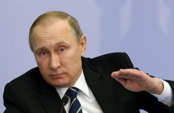 Путин пообещал остановить рост налогов в2018 году