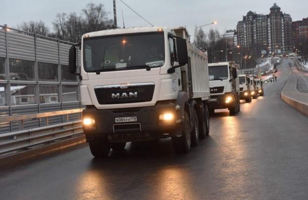 ВПетербурге открыли движение поПоклонногорскому путепроводу