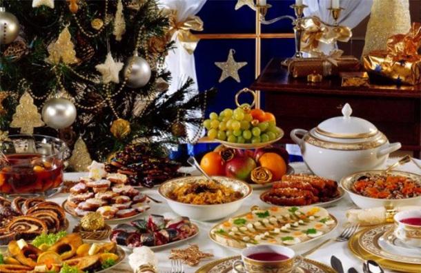 «Селедка под шубой» одолела «Оливье». «Яндекс» назвал любимые новогодние блюда граждан России