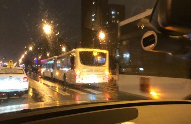 Пешехода сбили наКоломяжском проспекте