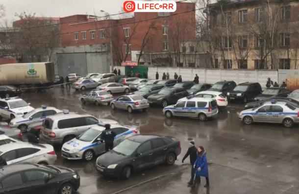 В милиции опровергли, что руководитель фабрики «Меньшевик» сдался