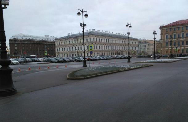 Понедельник петербургские депутаты начали без нарушения ПДД