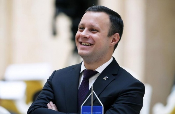 Назван самый красивый политик Петербурга