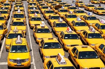 Банда таксистов пойдет под суд вПетербурге