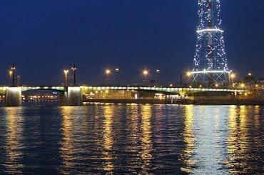Кантемировский мост разведут вночь с18 на19декабря