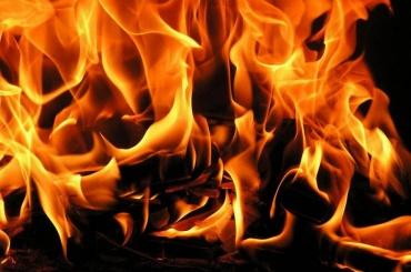 Бытовка сгорела наШотландской улице